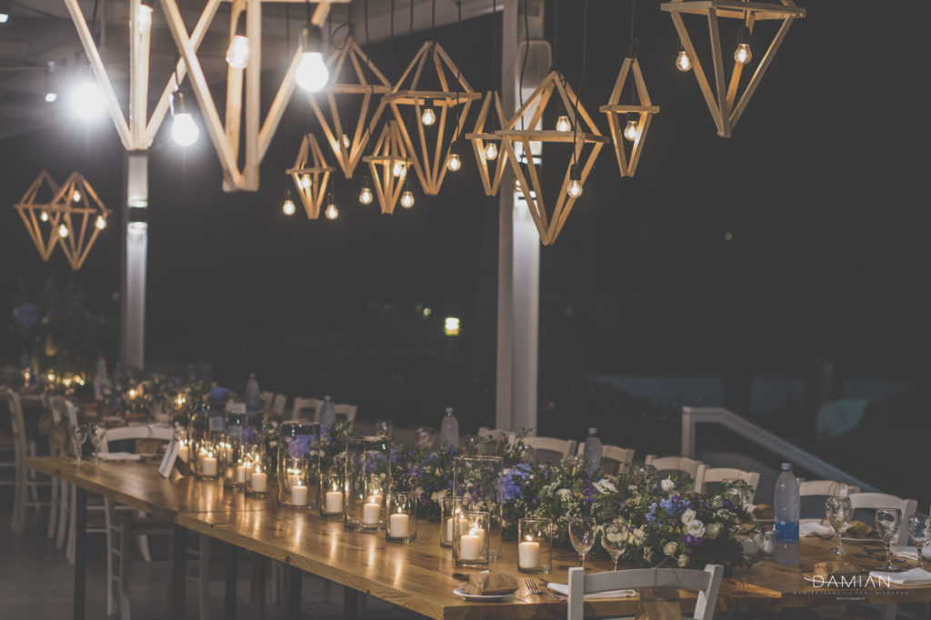 Lights and flowers for this decoration